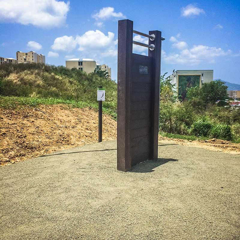 Espace Créatic - Parcours Sportifs - Abdo Vertical en matériau recyclé 100% recyclable