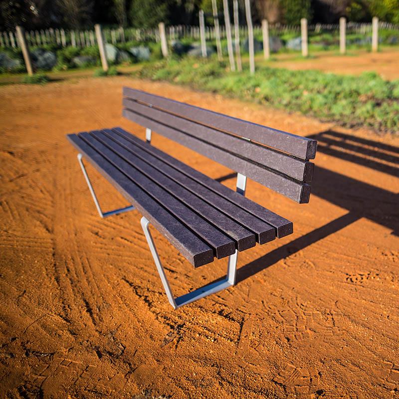 Espace Créatic - Mobilier Urbain - Banc SÉVILLE en matériau recyclé 100% recyclable