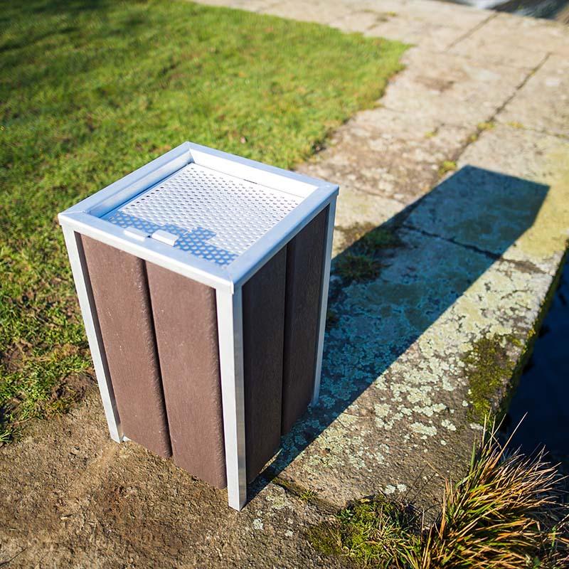 Espace Créatic - Mobilier Urbain - Cendrier BERLIN en matériau recyclé 100% recyclable