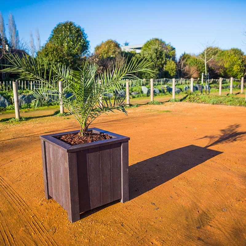 Espace Créatic - Espace Vert - Jardinière OLIVIER en matériau recyclé 100% recyclable