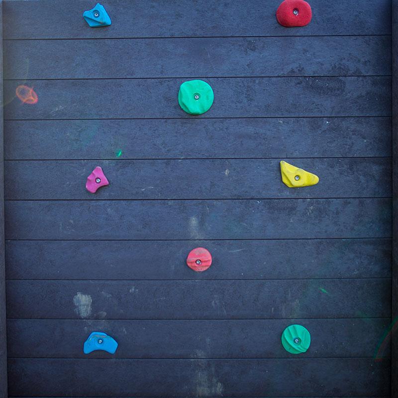 Espace Créatic - Parcours Sportifs - Mur Escalade en matériau recyclé 100% recyclable