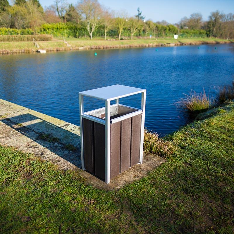 Espace Créatic - Mobilier Urbain - Poubelle DRESDE en matériau recyclé 100% recyclable