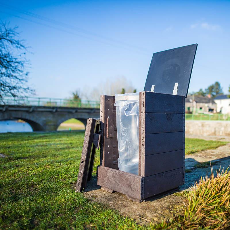 Espace Créatic - Mobilier Urbain - Poubelle HAMBOURG en matériau recyclé 100% recyclable