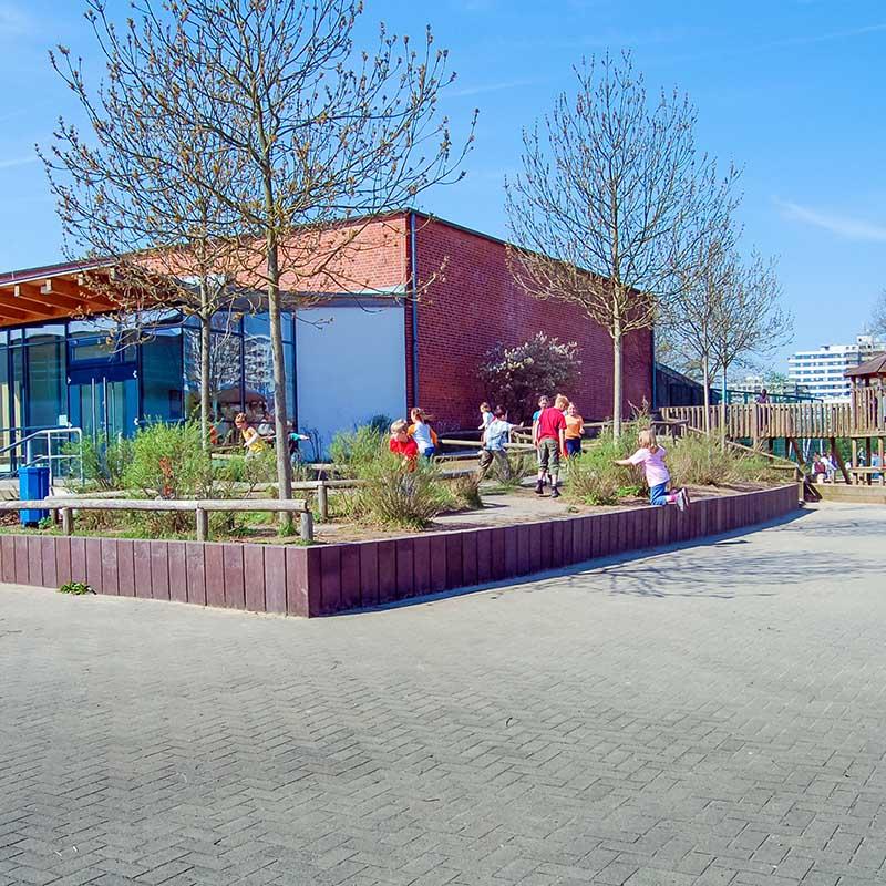 Espace Créatic - Espace Vert - Profilés Planches et Madriers en matériau recyclé 100% recyclables