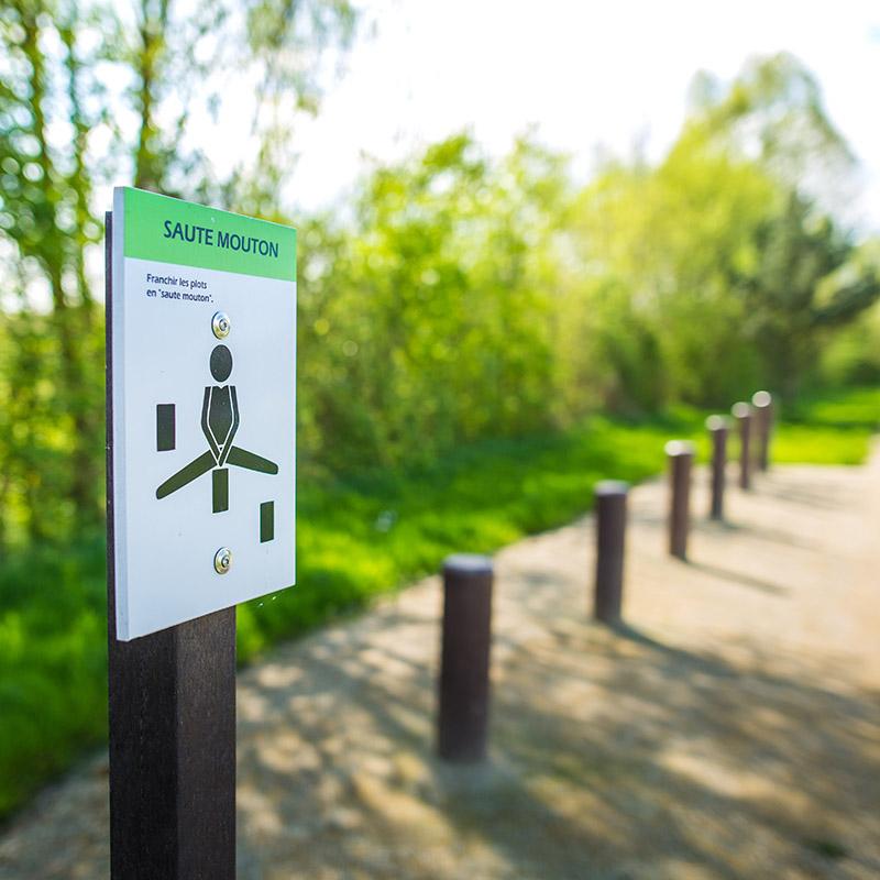 Espace Créatic - Parcours Sportifs - Saute Mouton en matériau recyclé 100% recyclable